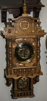 Great Carved Oak Black Forest German Wall Clock Great Condition in Ramstein, Germany