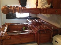 Solid pine ,cannon ball,King size bedroom suit in Cochran, Georgia