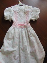 Perfect Little Girls Dress Size 8 in Chicago, Illinois
