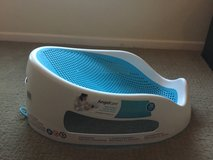 Baby bath in new condition in Temecula, California