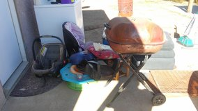 Free stuff Come pick up! in Yucca Valley, California