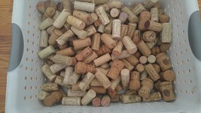 Used corks 150+ in Elgin, Illinois