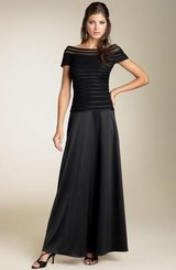 Elegant black Evening Gown in Fort Lee, Virginia