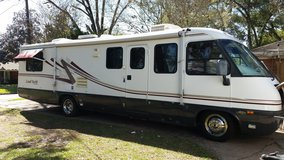 1999 Airstream 33 ft land yatch motor home in Kingwood, Texas