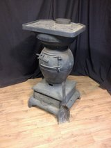 Antique and Collectibles Consignment Auction in DeKalb, Illinois