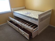Broyhill, Marco isle Trundle Bed in Camp Lejeune, North Carolina