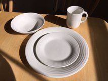 Dinnerware - off-white in Huntsville, Alabama
