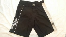 Mens Tapout Shorts in Yucca Valley, California