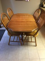 Kitchen Table - Oak, 4 Chairs in Glendale Heights, Illinois