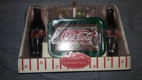 Coke collectable Serving Set from 1996 in Fort Campbell, Kentucky