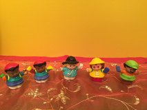 Lot of 5 fisher price little people in Morris, Illinois