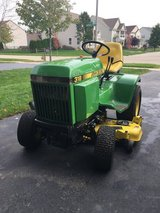 John Deer 318 in Naperville, Illinois