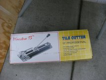 tile cutter in Vista, California