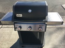 Weber Spirit E-310 in great condition MUST SELL ASAP!!! in Travis AFB, California