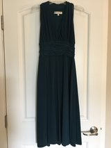 Green knee-length Ball gown/cocktail dress in Olympia, Washington
