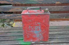 Vintage 2 gallon Esso petrol can with solid brass cap no hole or leaks very good condition in Lakenheath, UK