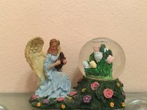 Angel Snow Globe in Batavia, Illinois