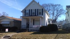 3-Bedroom House with beautiful Garage in Quad Cities, Iowa