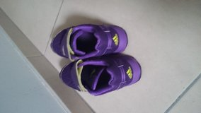 Woman Adidas shoes sz 7/2 in Ramstein, Germany