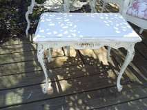 Petite french vintage shabby chic table in Plainfield, Illinois