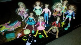 Swan's Crossing dolls & accessories in Bartlett, Illinois