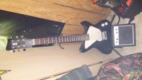 electric guitar amp and stand in Vacaville, California