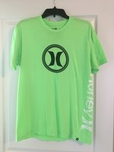 Large Hurley T-shirt Green - Men's in Naperville, Illinois