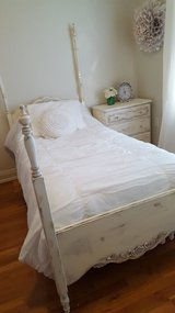 3 Piece antique shabby chic bedroom set (twin) in Lackland AFB, Texas