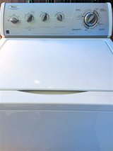 WASHER Whirlpool LIKE NEW !!! - in Oceanside, California