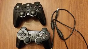 PlayStation 3 wireless remote and Games in Okinawa, Japan
