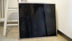 Neff Glass/Ceramic Electric Cooktop - 58.3X51cm in Ramstein, Germany