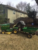 John Deere LX176 with Bagger and Cart in Bolingbrook, Illinois