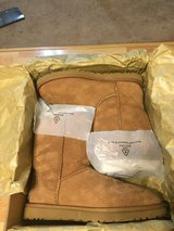 Ugg Boots Authentic in Travis AFB, California