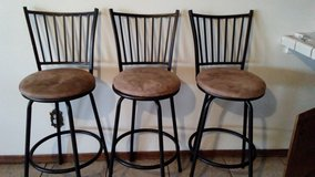 3 tall bar stools in Barstow, California