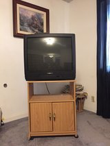 """FREE!! 28"""" TV w/stand in 29 Palms, California"""