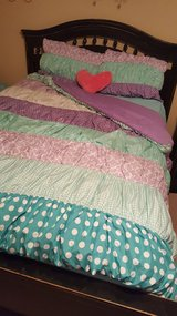 Full size comforter set with heart pillow in Fort Rucker, Alabama