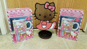 Hello Kitty Jewelry Stand, Mugs Kits and Material in Fort Irwin, California