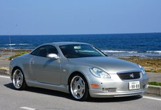 Toyota Soarer (2001) hard top convertible in Okinawa, Japan