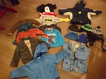 3T clothes lot (big) reduced in Stuttgart, GE
