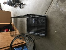 Folding dog crate -like new in Travis AFB, California