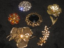 Vintage Costume Jewelry lots and lots! in Fairfield, California
