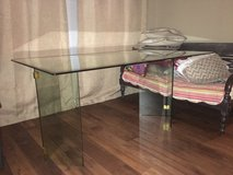 Tempered Glass Office Table in Beaufort, South Carolina