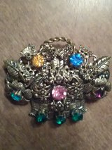 Vintage flower basket brooch in Coldspring, Texas
