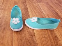 Size 11 girl slip on shoes in Fort Drum, New York