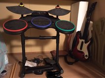 x box 360 guiter hero ( drums and guiter ) in Okinawa, Japan