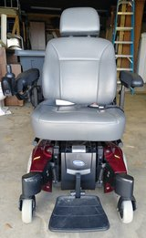 VGC Powered Wheel Chair in Warner Robins, Georgia