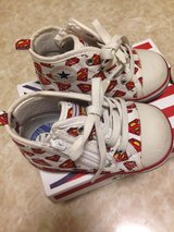 Convers x Superman kids shoes size 6 in Okinawa, Japan