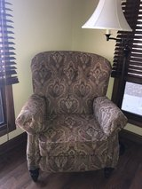 Chair - recliner in Naperville, Illinois
