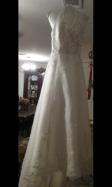 NEW WEDDING DRESS in Hinesville, Georgia