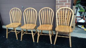 Solid oak chairs in Orland Park, Illinois
